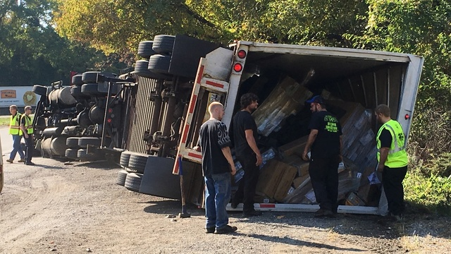 Tractor trailer flips on ramp from Route 61 to Route 222 in Muhlenberg