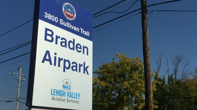 Airport authority solidifying support for Braden