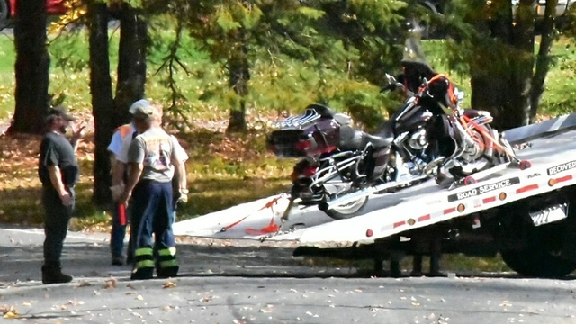 2 people killed in motorcycle crash in Chestnuthill
