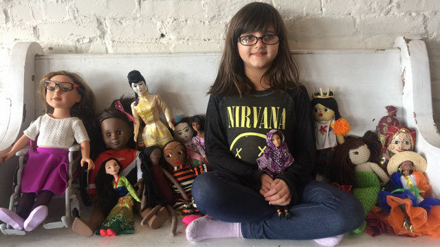 Moms make tiny hijabs for their kids' dolls