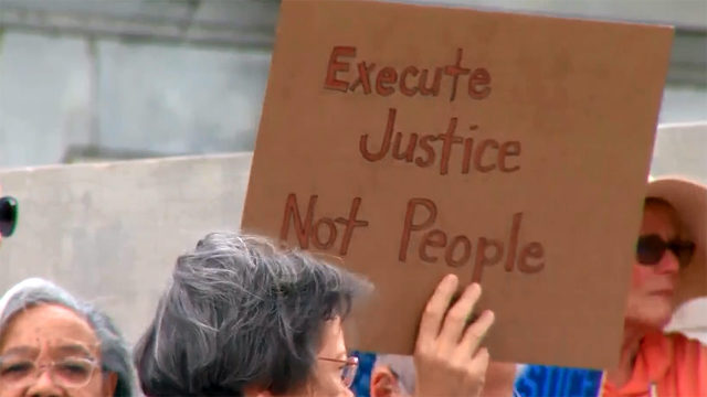 Remove circuit judge from executions case, reverse order