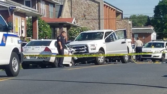 Police kill fleeing suspect in pharmacy robbery, shooting