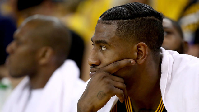 JR Smith denies tweeting 'Cavs in 7' after Game 3 loss