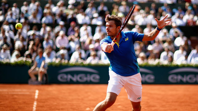 Nadal shrugs off perfect 10