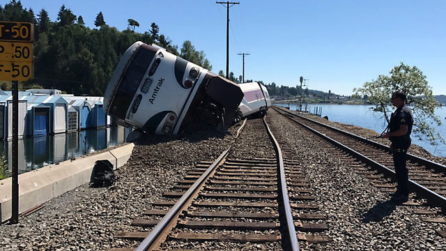 Amtrak Train Derails Near Washington Golf Course; No Reports of Major Injuries