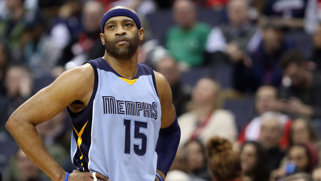 Vince Carter lands one-year deal with Kings
