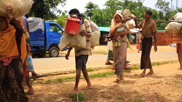 Number of Rohingya refugees in Bangladesh surges