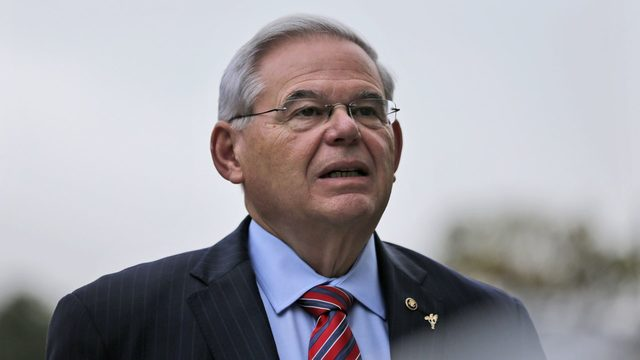 Judge denies Menendez motion for mistrial